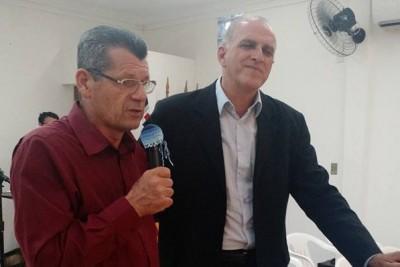 Pastor Celso vista IEQ Cristal